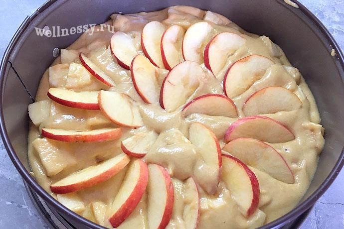 Пп шарлотка в мультиварке с яблоками рецепт